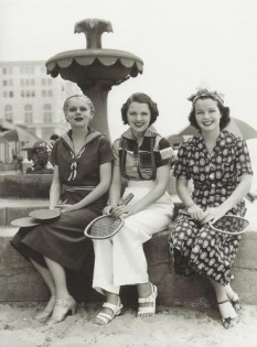 1936-dress-pants-sports-369x500